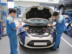 10 Bước để trở thành người sửa chữa ô tô chuyên nghiệp
