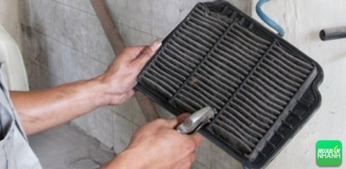 Lợi ích của việc giữ hệ thống lọc gió trong cabin xe Mazda của bạn luôn sạch sẽ