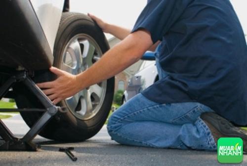 Chăm sóc lốp ôtô Lexus như thế nào tốt nhất?