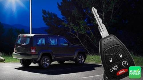 Hệ thống khóa cửa xe ôtô: những điều cần biết