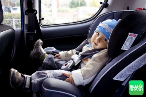 Chia sẻ một số kinh nghiệm về ghế ngồi ôtô cho bé